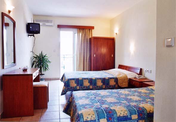 http://www.visitsithonia.gr/img/hotels/asteras-sarti/asteras-4.jpg